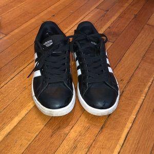 Adidas cloud foam sneakers in black. Size 7